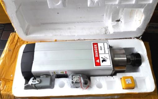 3.5Kw ER25 Air Cooled Spindle Motor Set